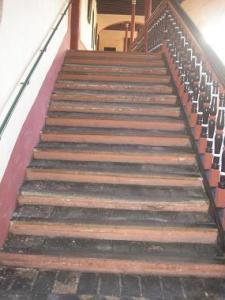 Escalera en el Claustro Guardianal